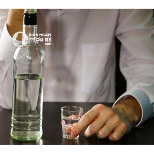 Phân biệt say rượu và ngộ độc rượu , cách xử trí